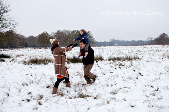 surrey-snow-family-photography-01