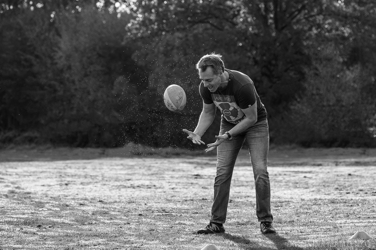 esher-family-photos-at-home-and-playing-rugby_0010