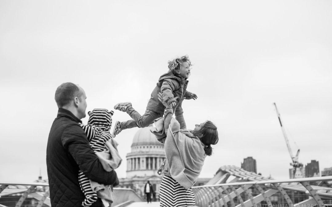 Farewell London Family Photoshoot at London Eye, Millennium Bridge and Tower Bridge