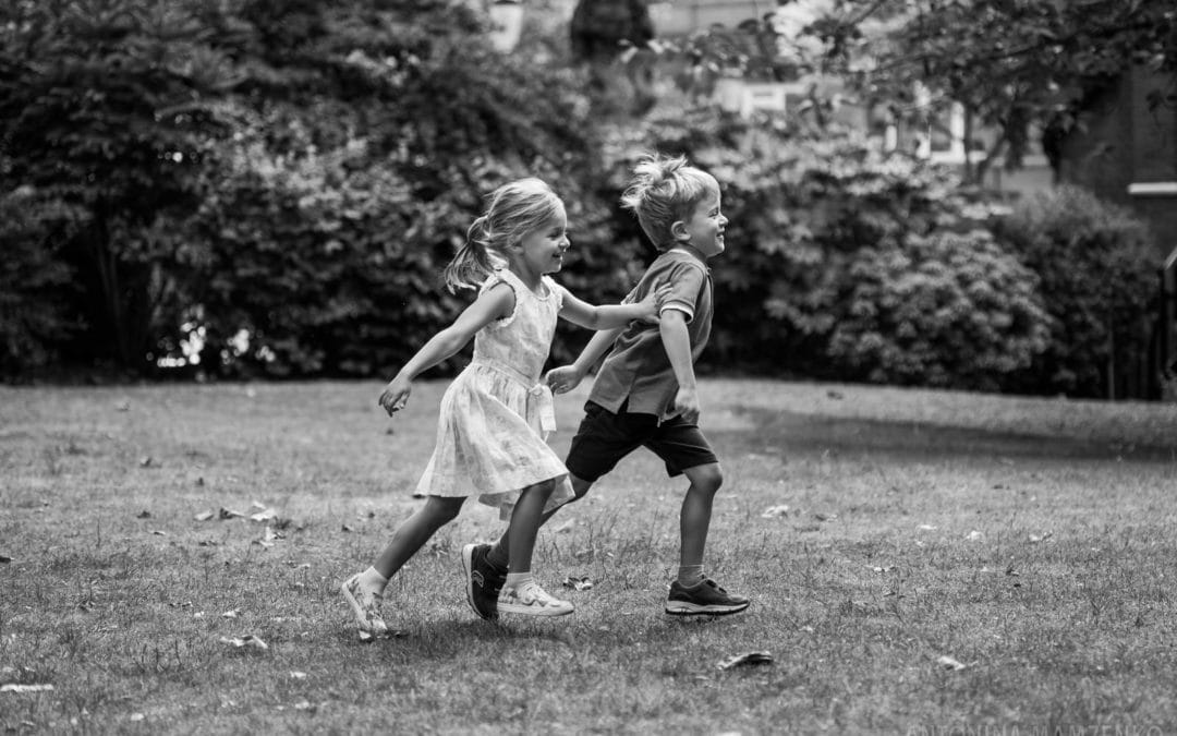 Natural children's photography at Cadogan Square Gardens, Chelsea