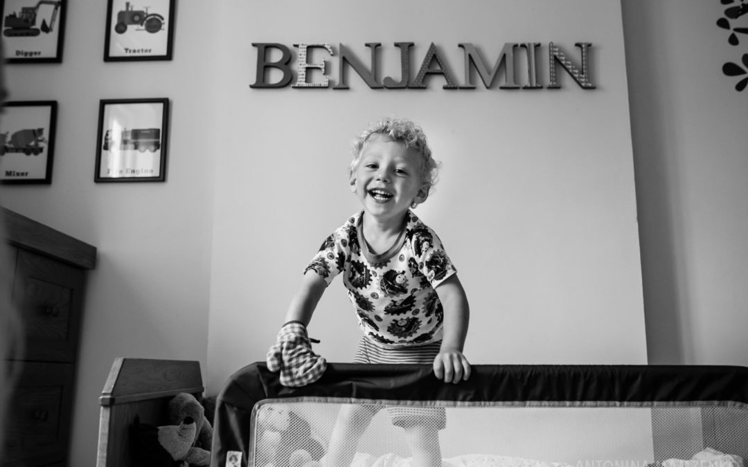 One Frame: Family Photos at Home in Belsize Park
